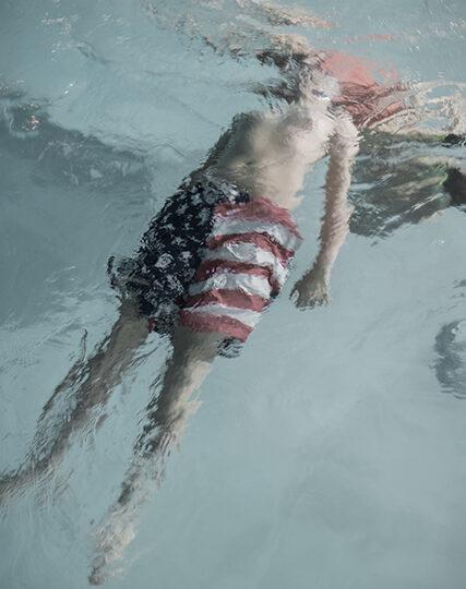 podlesnik_joseph_youth_swimming_archivalpigmentprint_26_x_17_900
