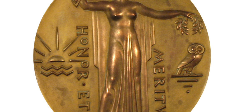 Ulysses Anthony Ricci (1888-1960) : Salmagundi honor medallion, ca.1930s.
