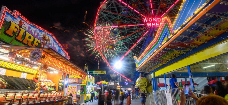 John Huntington : Friday Night at Coney Island (#33), ca.2021.
