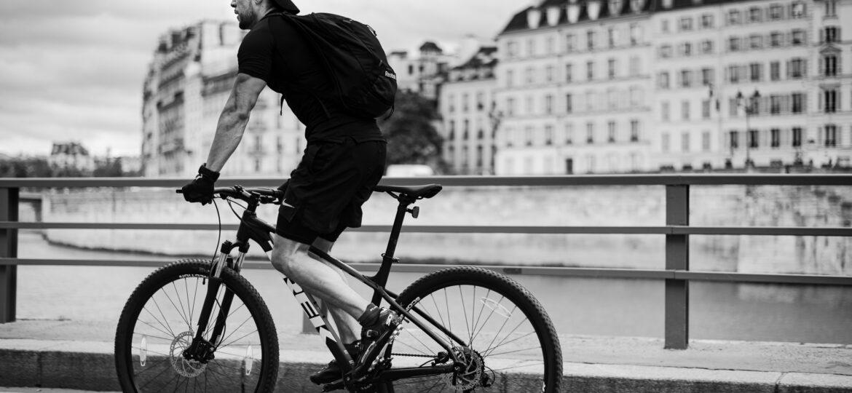 Patricia Zumhagen : Biking along the Seine (#85), ca.2021.