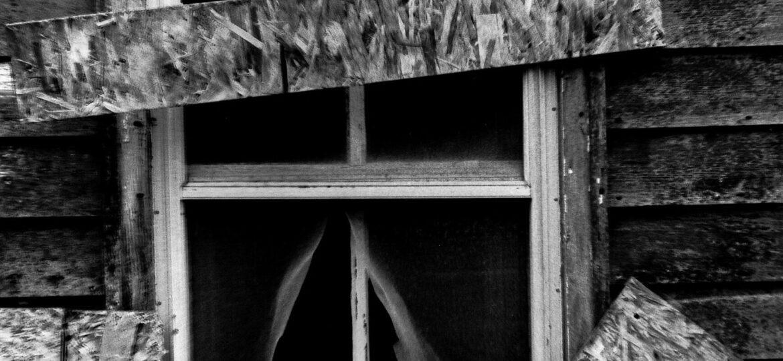 pohl_howie_boarded_window